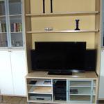 Wohnzimmerschrank mit LED TV