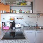 Kochinsel und Geräte