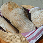 Frisches Holzofenbrot