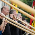 Eroeffnung mit Alphorners Davos Klosters