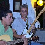 wieder mal eine Musiksession bei Rainer mit Oldies von Santana