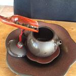 小さな薬草市場 台湾茶 茶葉を入れる