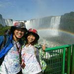 ブラジル(同じくイグアスの滝と大きく架かる虹)