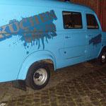 der Küchenchef- Van im dunklen