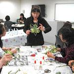東京ガス横浜ショールームのプリザーブドフラワー講習会です。チェンジングフラワー技法も