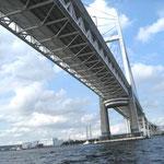 横浜港のクルージング景色