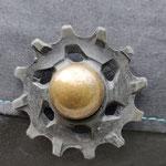 galet de dérailleur en guise de bouton