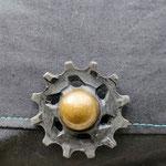 galet de dérailleur en guise de boutons