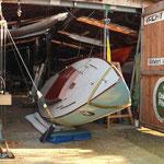 Boot wird auf den Kopf gedreht