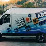 véhicule publicitaire décoré à l'aérographe