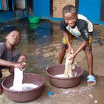 L'hygiène corporelle est le signe d'une estime de soi saine. Ce n'est pas évident pour les enfants de rue.