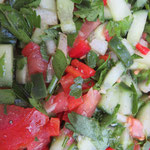 Unser wohlverdientes Picknick: Hier kommt die Köstlichkeiten-Parade: arabischer Petersiliensalat