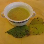 Thailändische Kokossuppe mit Lemongrass