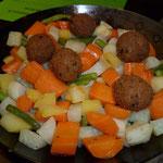 Gemuesepfanne mit Tofubaellchen
