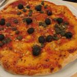 Pizza Napoli (ohne Sardellen und Käse)