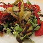 Da haben wir den Kleinen Gemischten Salat!