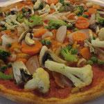 Pizza mit veganem Teig und individuellem Belag à la Emélie