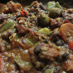 Chili, sogar extra in einem Warmhaltetopf mitgebracht, heizt uns gut ein!