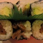 Maki Vegi: Avocado und Kampyo (japanischer Kürbis)