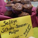 Die im doppelten Sinne glänzende Muffin-Back-Premiere von Dunja verdient ein fotografisches Einzelportait.