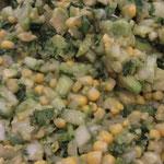 Da haben wir den ... veganen Sommersalat! Mit Mais, Gurke und Avocado.