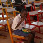 Essen während des Schulfestes