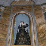 SS. Maria Addolorata : si festeggia il primo sabato di settembre con la tradizionale processione notturna e spettacolari fuochi pirotecnici.