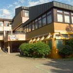 Jugendzentrum Heuchelhof in der Berner Str. 3 von außen