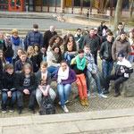 Gruppenbild, Schülerinnen und Schüler der 7g und 9a von der Mittelschule Heuchelhof
