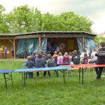 Das Spielhaus in der Berner Straße während der Veranstaltung