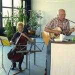 Musikalisch begleitet wurde die Veranstaltung von Miriam und Ernst-Martin Eras