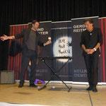 Bernd Zehnter mit seiner erstaunlichen Karten-Magic Vorführung