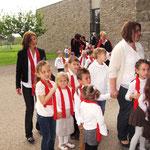 """Einzug der Kinder vom """"Weltkinderhaus"""" in die Gethsemanekirche"""