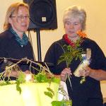 Ulrike Steinhoff bedankt sich bei Frau Wohlfahrt für den gelungenen Abend