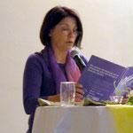 Monika Gehrig liest Gedichte und Geschichten vor