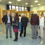Der Gemeinderaum von Gethsemane mit einem Teil der Kunstausstellung