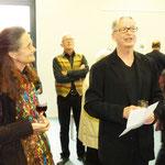 Der Kulturamtschef J. Engels eröffnet die Vernissage