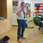 Zum Schluss sprach der Rektor der Mittelschule Herr Kellner allen an den Kunstwerken Beteiligten seinen Dank aus