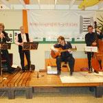 Zur Unterhaltung spielte die Gruppe Klez ´amore