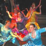 """Indische Tänze führte die Gruppe """"Crazy"""" vom TSV Aschbach/Schlüsselfeld vor"""