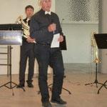 Rainer Hohner, ein Musiker von Soni classico, führte durch den Klassik-Block