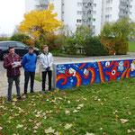 Die jungen Künstler stellten ihr Werk vor das den Art. 12 der UN Menschenrechtskonvention behandelt vor (Freiheitsphäre des Einzelnen)