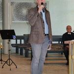 Pfarrer Max von Egidy begrüßte die zahlreichen Gäste