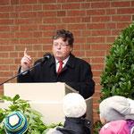 Bürgermeister Dr. Bauer bei seiner Festansprache