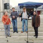 """Das Bühnenprogramm eröffnete der Daniels-Chor aus Moskau mit """"Abendglöckchen"""""""