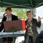 Margarita Gogolewa und Nikolai Kurenkov mit russischen Heimatliedern