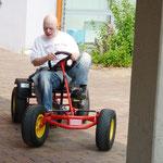 Ein Kettcar-Fahrzeug