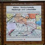 Die Übersichtstafel zum Köhlerpfad am Rolandseck in Hasselborn.