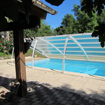 La piscine vue du Pool-house