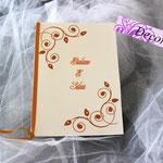 Libretto messa arancio con strass e foglie